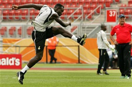 John Mensah to be first player to open Ghana 2010 World Cup camp