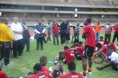 Ex-president Rawlings wants Ghana to win 2012 Nations Cup