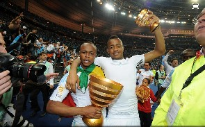 Ghana and Marseille midfielder Andre Ayew says they must fight to win the French league title having secured the Cup.
