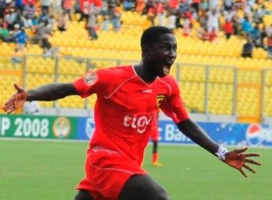 Ex-Kotoko striker Eric Bekoe is in line to rejoin the club next season after the giants started talks to sign him.