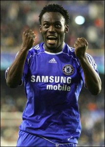 Chelsea offer Essien to Inter to help secure Sneijder - report