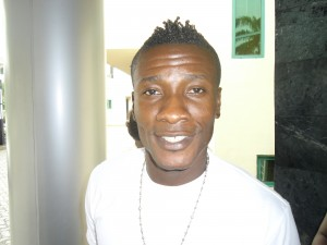 Gyan caves into Minister's desire to join Man Utd