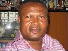 Talent spotter Sly Tetteh dies on the pitch
