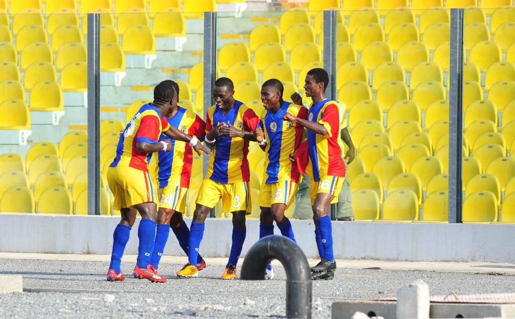 Hearts' Asante passed fit to face Wassaman