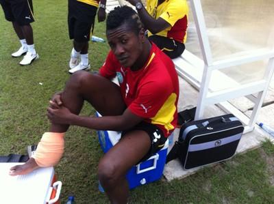 Asamoah Gyan in injury scare for Ghana