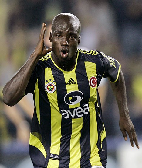 Stephen Appiah to sign for Serbian side Vojvodina
