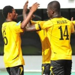 AshGold cut Kotoko's lead with seventh win in a row