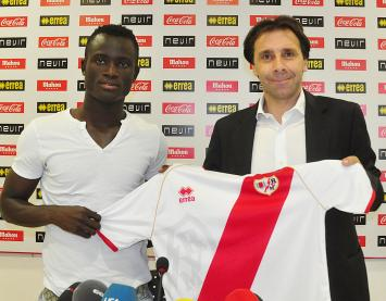 Rayo Vallecano unveil Ghana midfielder Mohammed Abu