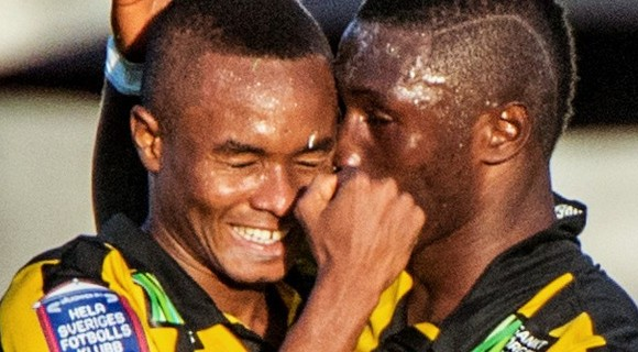 Magical two-goal debut for Nasiru Mohammed, Waris scores