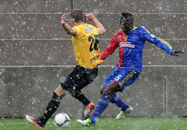Ghanaian defender Nimeley on Basel first team threshold