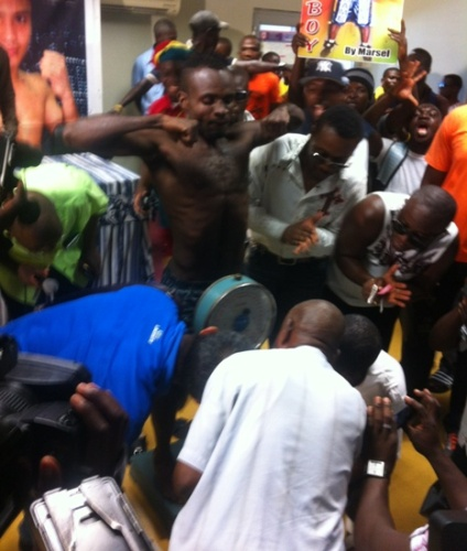 Emmanuel Tagoe passes the weigh-in test and now set for Ronald Pontillas clash