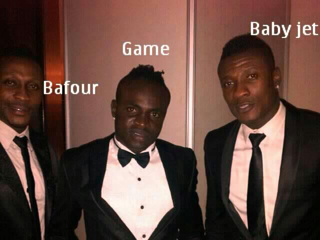 Asamoah Gyan and brother, Baffour, with Emmanuel Tagoe