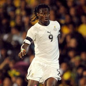 Fulham back for 'free agent' Ghanaian midfielder Derek Boateng