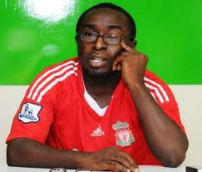 Isaac Opeele Boateng is furious with his critics who have questioned his intelligence.