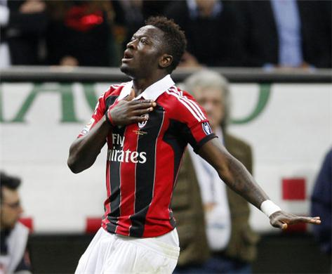 Sulley Muntari scored a double for AC Milan in their 12-0 win on Thursday