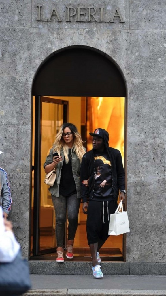 Sulley Muntari and model wife Menaye Donkor were spotted shopping  at Luxury Lingerie Shop-La Perla.