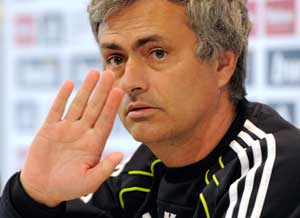 Saturday's Spanish newspapers won't make a good read for Ghana midfielder Michael Essien after his 'father' Jose Mourinho was taken to the cleaners for his three-year spell at Real Madrid.
