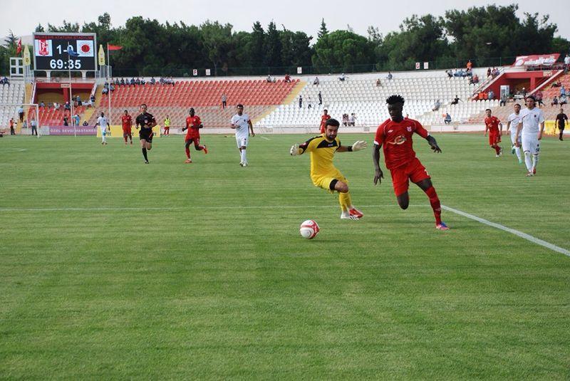 Kwame Karikari scores brace to send Bal?kesirspor to league summit