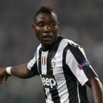 HILARIOUS VIDEO: Pitch invader takes penalty kick for Juventus star Kwadwo Asamoah
