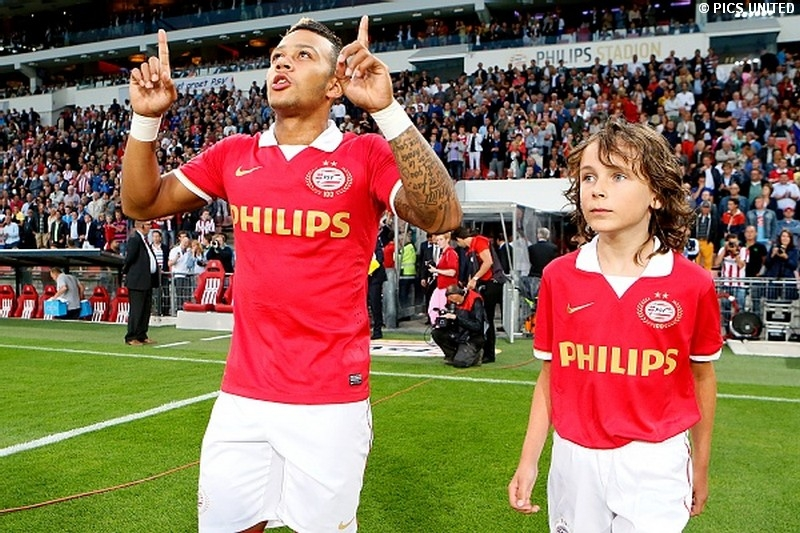 Memphis Depay scored the third goal for PSV Eindhoven