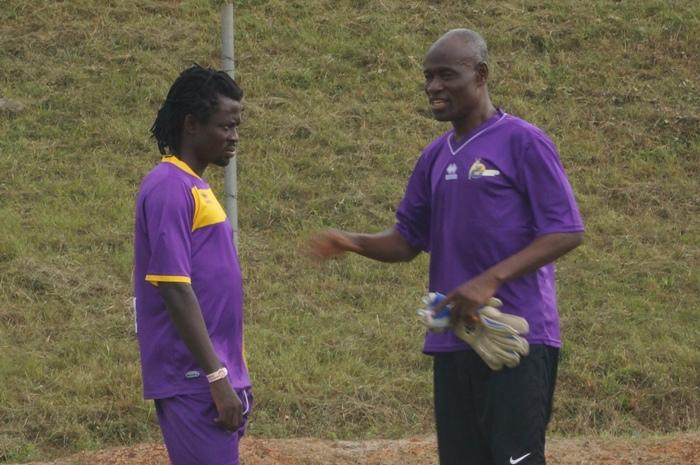 New recruit Malik Akowuah with goalkeeper's trainer Nassamu Yakubu