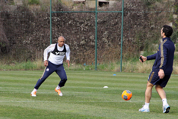 Andre Ayew training with Marseille team-mate