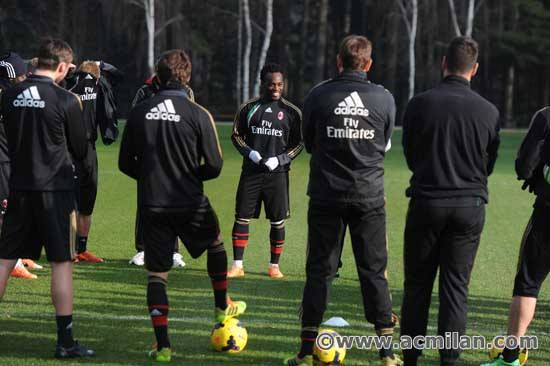 Essien with his new team-mates at Milan training