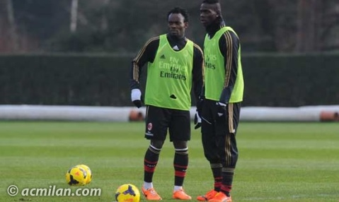 Essien training with Mario Balotelli