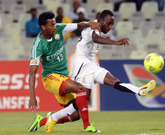Salahadin Hussen of Ethiopia battles with Abdul Mohammed of Ghana during the 2014 CAF African Nations Championships match between Ethiopia and Ghana on the 21 January 2014 at Free State Stadium