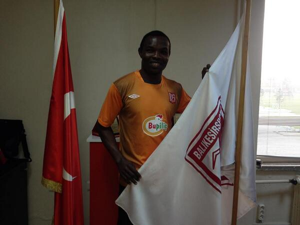 Richard Kingson being unveiled by Balikesirspor.