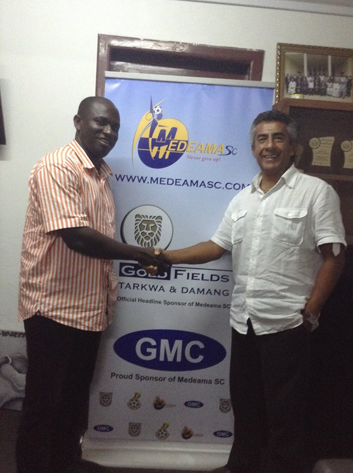 Moses Armah (left) and new coach Carlos Roberto Paullet
