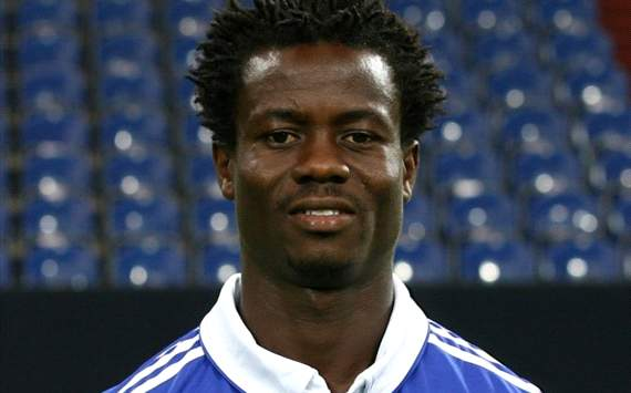 Anthony Annan will have the chance to play at Schalke 04.
