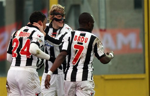 Emmanuel Agyemang-Badu scored the third goal for Udinese at the Stadio Communale Fruili