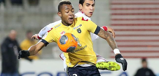 Jordan Opoku in action for Sochaux.