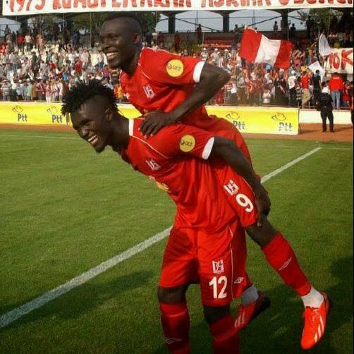Kwame Karikari celebrating his goal for  Balikesirspor in the Turkish second-tier.