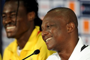 Ghana coach Kwesi Appiah will travel to the United Arab Emirates (UAE) on Tuesday (today) to monitor his captain Asamoah Gyan and discuss their plans for the 2014 World Cup, GHANAsoccernet.com can exclusively reveal.