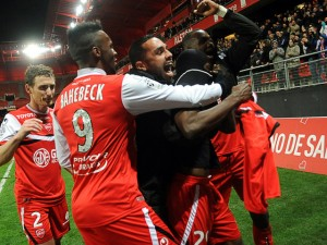 Ghana striker Abdul Majeed Waris struck the winner two minutes from time as Valenciennes earned a morale-boosting win over Nice to keep their survival hopes alive in the French top-flight.