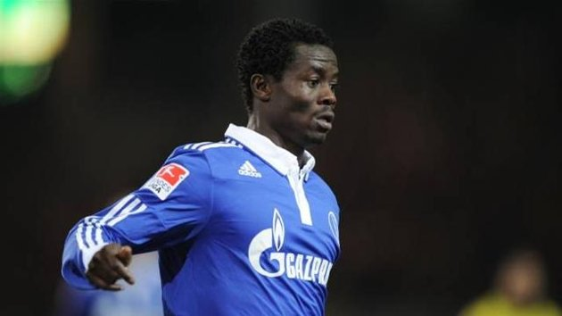 Anthony Annan came off the bench to mark his Uefa Champions League debut for Schalke 04
