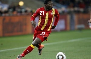 Ghana midfielder Kwadwo Asamoah has hinted that he is ready to play at the problematic left-back position for the Black Stars in the wake of some anxiety over the country's left-backs for June's World Cup in Brazil.