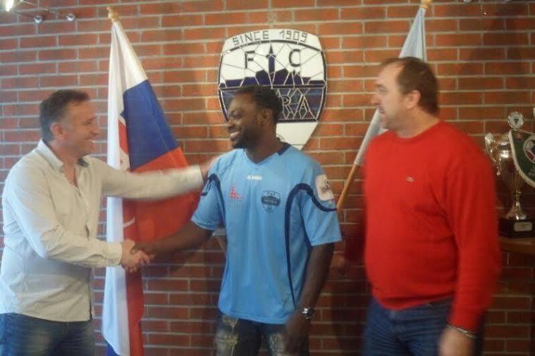 Slovakian club Nitra unveil new Ghanaian signing John Mensah, set for action