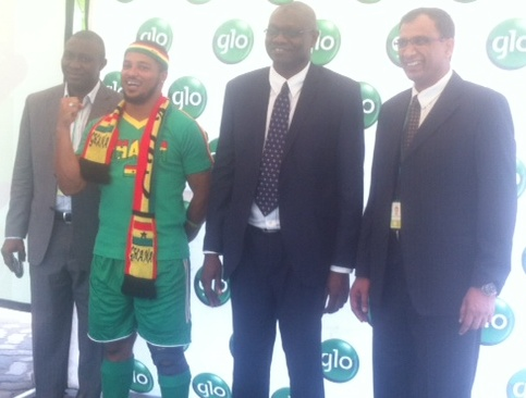 Globacom officials and brand's icon Van Vicker at the launch on Tuesday