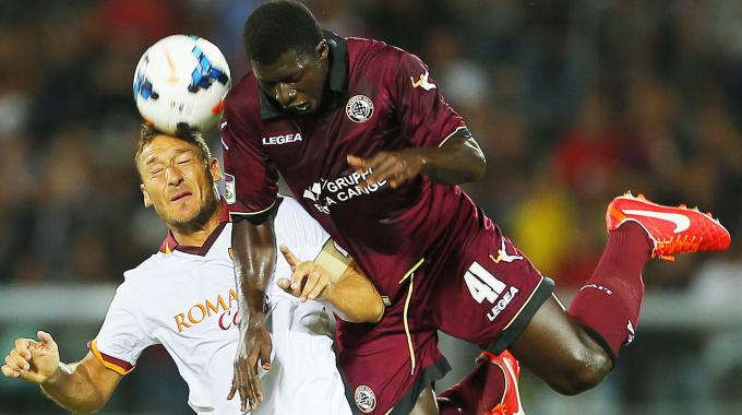 Livorno are planning to replace Ghana youth midfielder Alfred Duncan