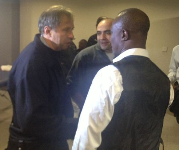 Kwesi Appiah met with Milovan Rajevac during the playoff against Egypt in Cairo
