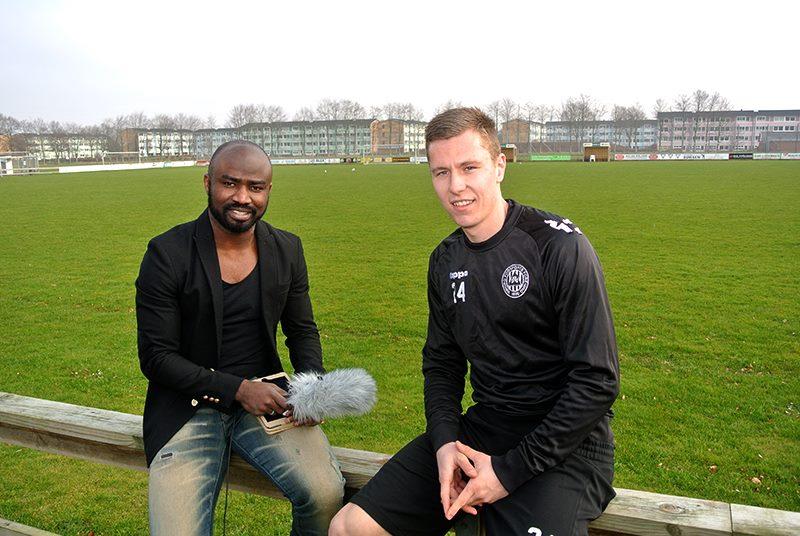 Razak Pimpong interviewing Viborg midfielder Lukas Lerager