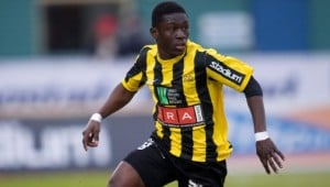 Watch video of Ghana striker Abdul Majeed Waris scoring two goals over the weekend when his team Valenciennes lost 3-2 to Ajaccio in the French top-flight.
