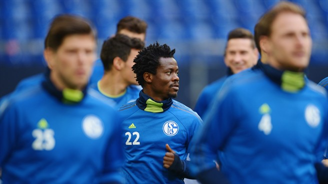 Anthony Annan, middle, was unused by Schalke