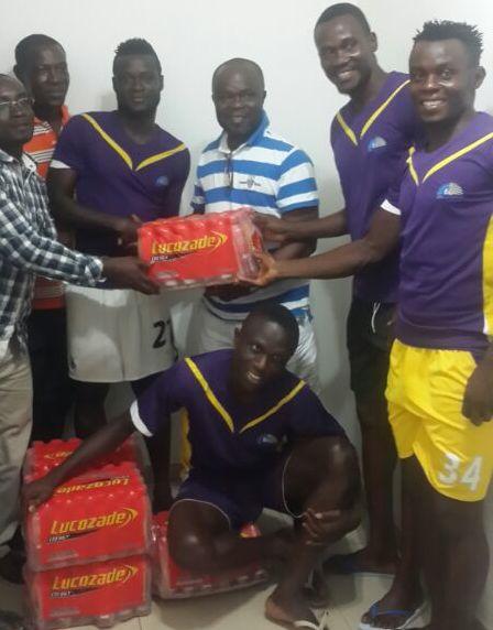 Berekum Chelsea's chief Nana Oduro Sarfo making the donation.
