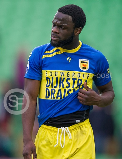 Elvis Manu suffered an injury while in action for Cambuur against Feyenoord