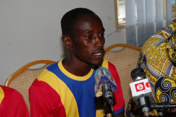Emmanuel Hayford is fit to play for Hearts