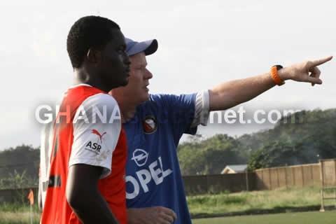 Fetteh Feyenoord coach John Kila